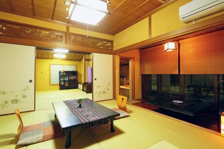 檜の露天風呂付き二間続きのゆったり和室14畳